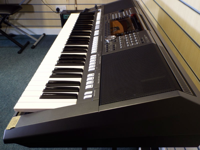 used yamaha psr s970 keyboard. Black Bedroom Furniture Sets. Home Design Ideas