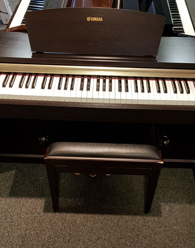 Used Yamaha Digital Piano : used yamaha ydp151 rosewood digital piano ~ Hamham.info Haus und Dekorationen