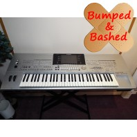 Used Yamaha Tyros 1 C Grade Keyboard with Damaged Cabinet